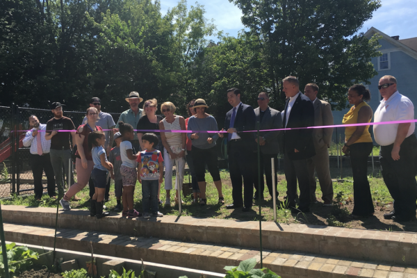 Garfield Park Community Garden, Mayor Diossa, SCLT, ribbon cutting
